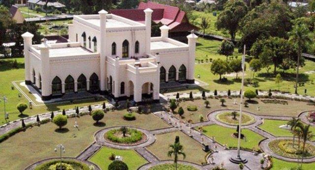 Liburan Rental Mobil 11 Destinasi Riau yang Bisa Kamu Kunjungi