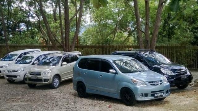 Layanan Rental Mobil