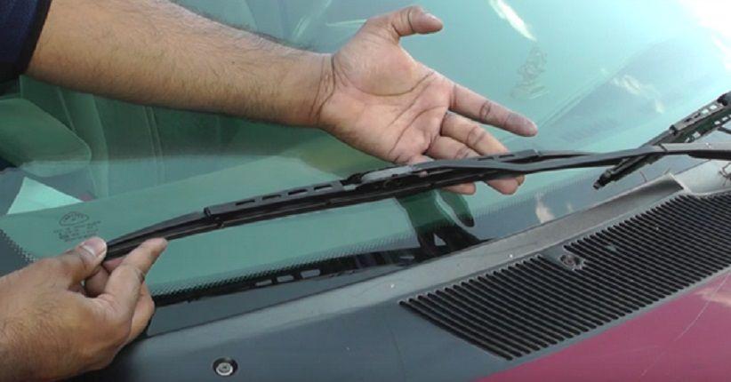 Begini Cara Mengatasi Kaca Mobil Baret Gara-Gara Wiper