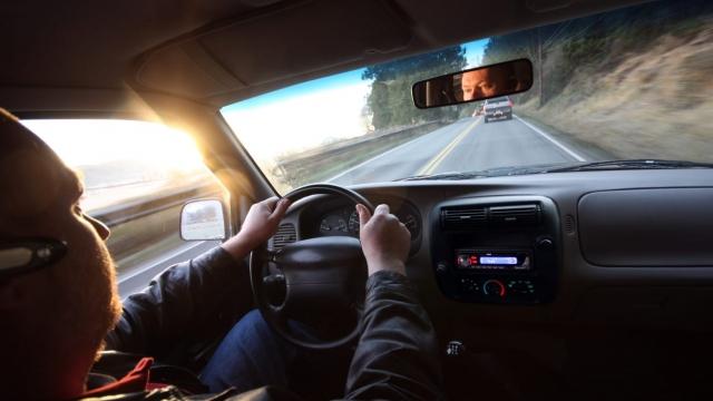 5 Tips Mudah Memilih Rental Mobil Ketika Liburan