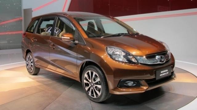Rental Mobil Honda Mobilio Pekanbaru